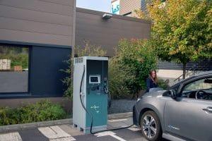 Borne de recharge rapide 50 kW